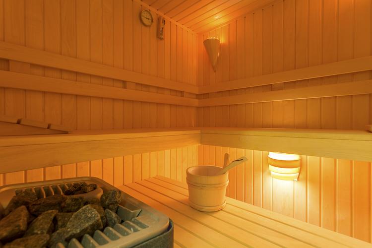 saunas can cause strokes